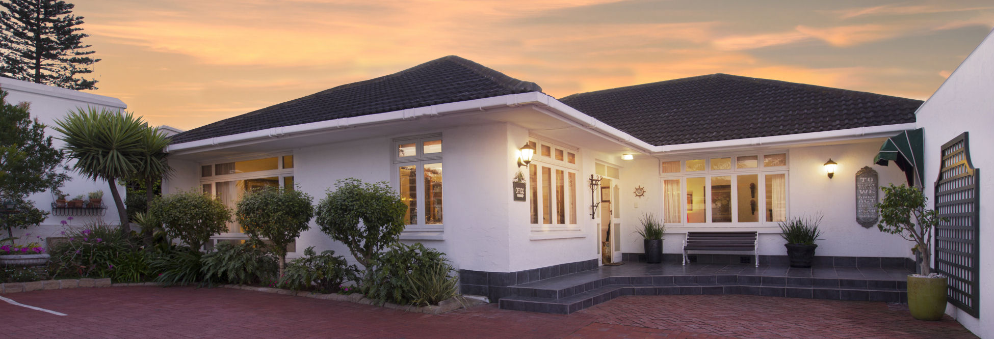 Port Elizabeth Beach Front Accommodation